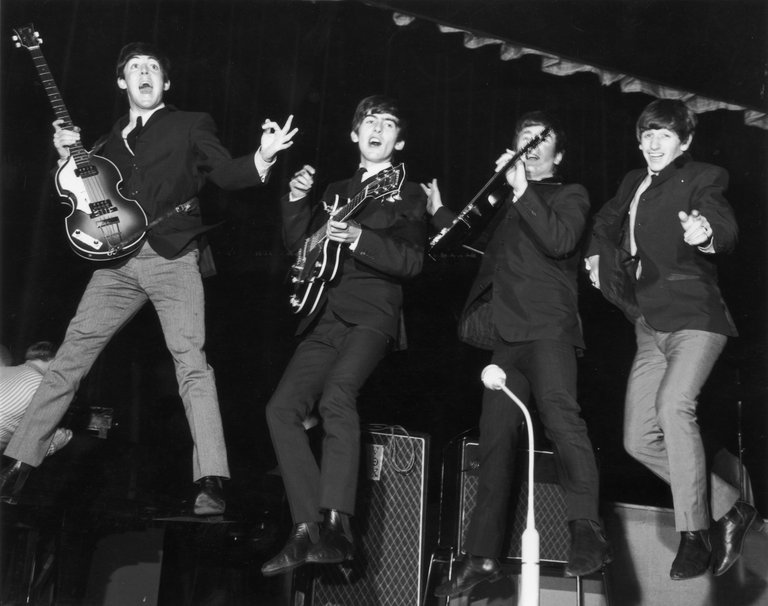 Jumping Beatles