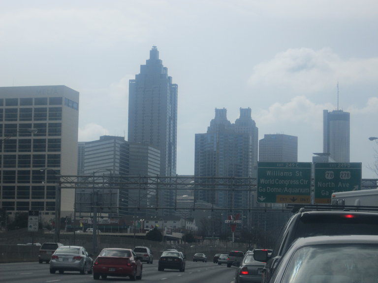 ME DRIVIN DOWNTOWN ATLANTA TO CHASE MY DREAMS