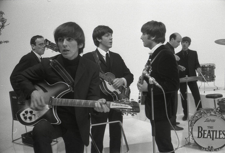 Photo of George HARRISON and Richard LESTER and BEATLES