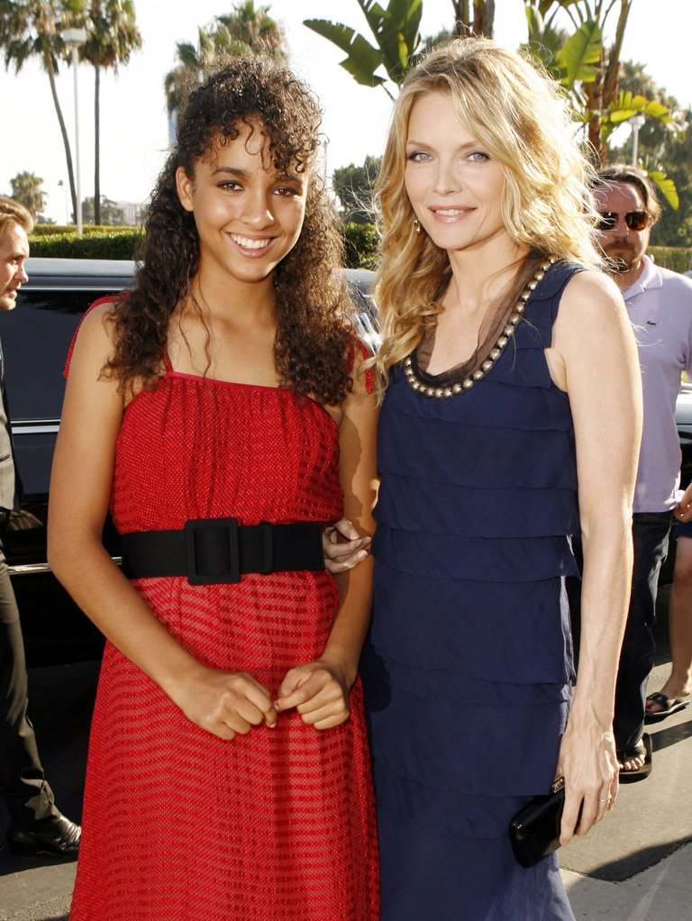 """Premiere of Paramount Picture's """"Stardust"""" - Arrivals"""