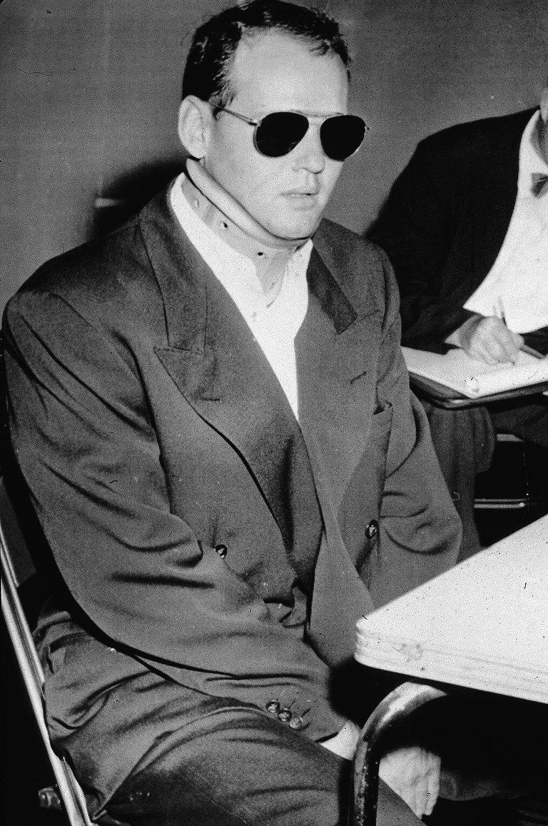 Sam Sheppard In Neck Brace At Trial