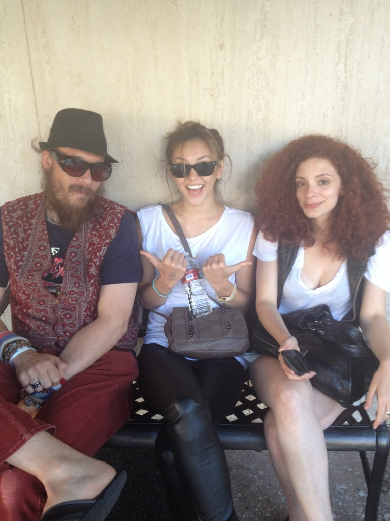 Such cool people with crazy cool style!! :)