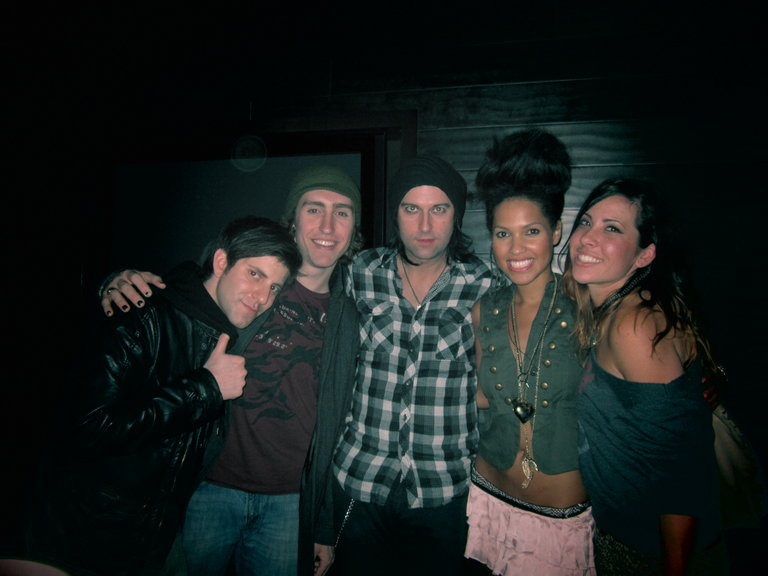 That skirt just won't die.. Me, Aly, and Chicago friends at Angels & Kings, Chicago!