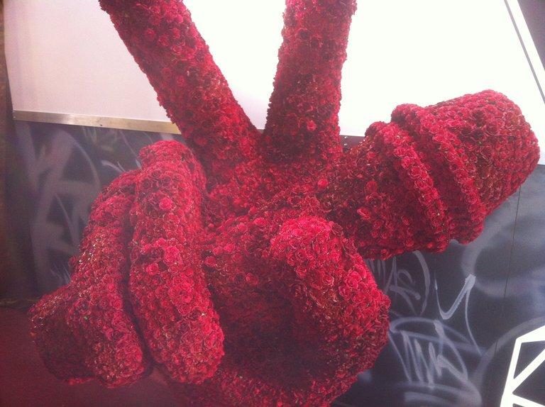 Voice Flower Hand