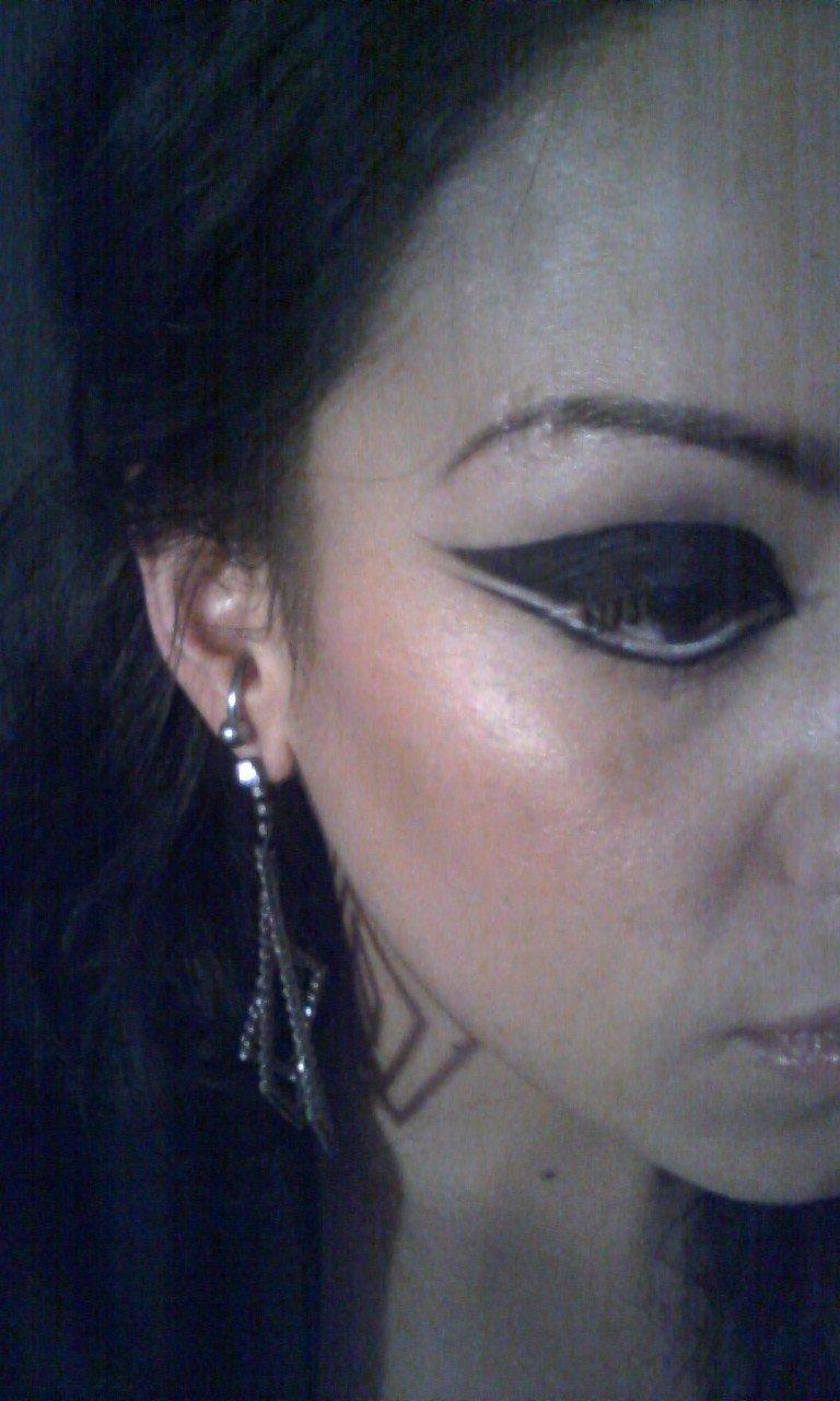 battle makeup...thanks marilyn!!