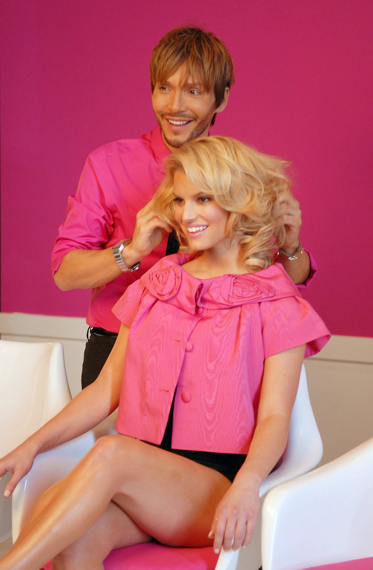Hairdo Extensions Photo Shoot with Jessica Simpson and Ken Paves