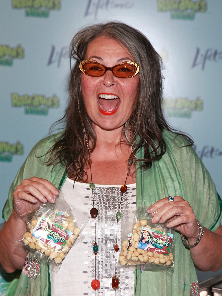 Roseanne Barr Hands Out Macadamia Nuts To Fans