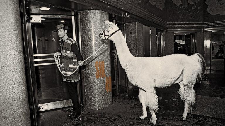 Jim Carrey and Iggy Azalea Bumper Photos
