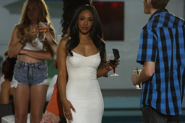 """ABOUT A BOY -- """"About a Pool Party"""" Episode 102 -- Pictured: -- (Photo by: Jordin Althaus/NBC)"""