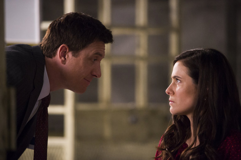 "HANNIBAL -- ""Hassun"" Episode 203 -- Pictured: (l-r) Shawn Doyle as Leonard Brauer, Caroline Dhavernas as Alana Bloom -- (Photo by: Brooke Palmer/NBC)"