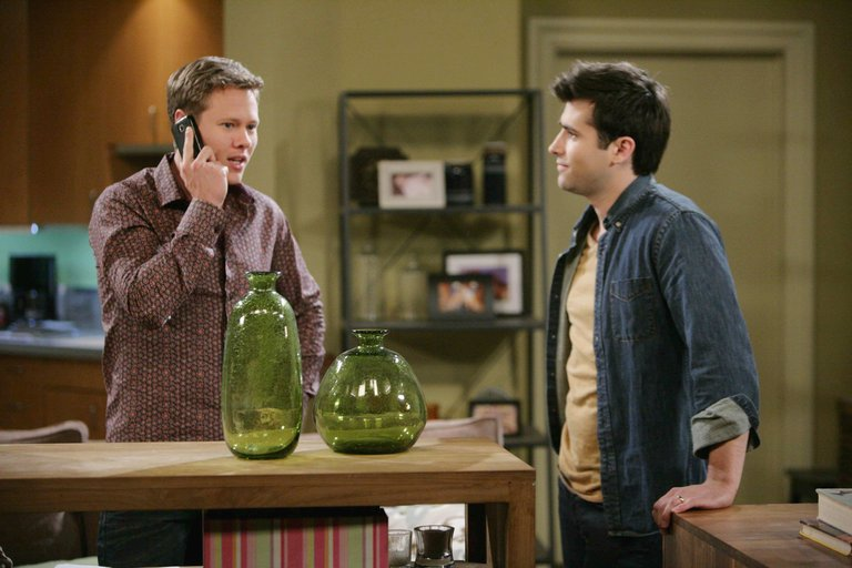 Nick tries to undermine Will's faith in Sonny.