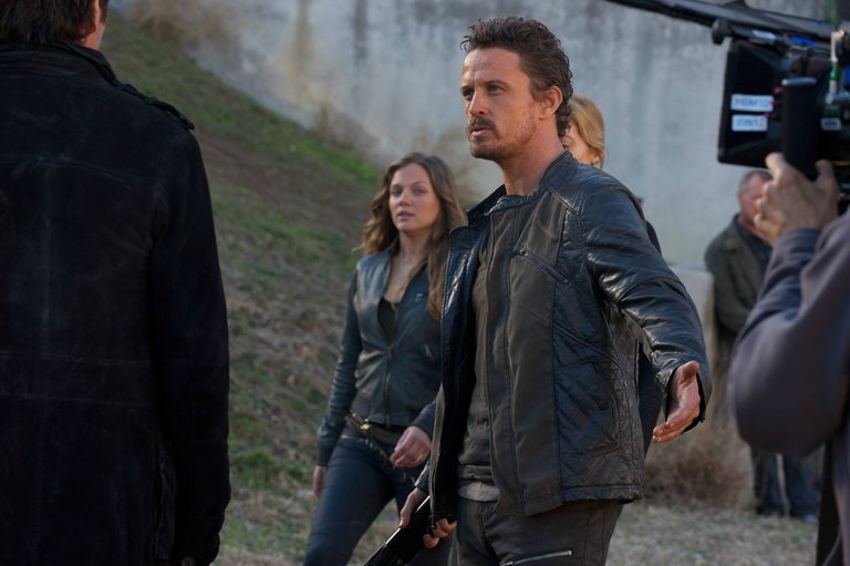 Pictured: (l-r) Tracy Spiridakos as Charlie Matheson, David Lyons as Sebastian Monroe -- (Photo by: Felicia Graham/NBC)