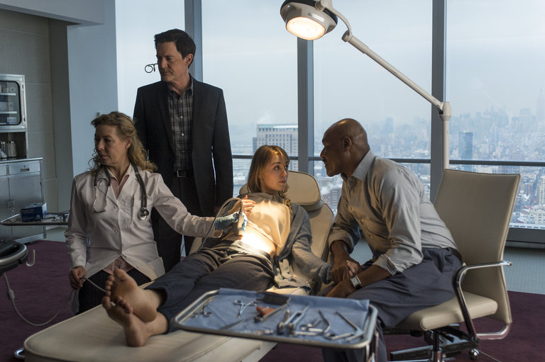 Pictured: (l-r) Kyle MacLachlan as Skouras, Ella Rae Peck as Nina Adams, Delroy Lindo as Winter -- (Photo by: David Giesbrecht/NBC)