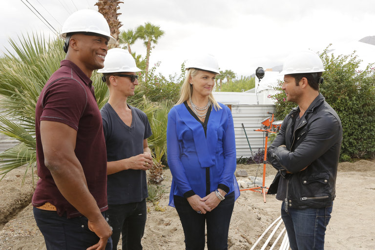 "AMERICAN DREAM BUILDERS -- ""Build Week"" Episode 102 -- Pictured: (l-r) Eddie George, Lukas Machnik, Monica Pedersen, Nate Berkus -- (Photo by: Vivian Zink/NBC)"