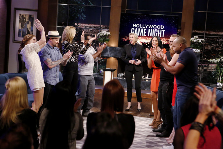 HOLLYWOOD GAME NIGHT -- Episode 206 -- Pictured: (l-r) Molly Shannon, Joel Madden, Jenna Elfman, Contestant, Jane Lynch, Contestant, Bob Harper, Donald Faison -- (Photo by: Trae Patton/NBC)