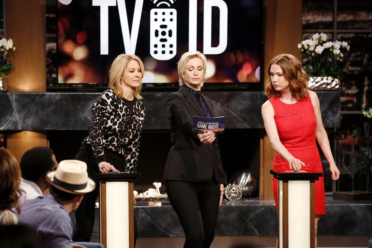HOLLYWOOD GAME NIGHT -- Episode 206 -- Pictured: (l-r) Jenna Elfman, Jane Lynch, Ellie Kemper -- (Photo by: Trae Patton/NBC)
