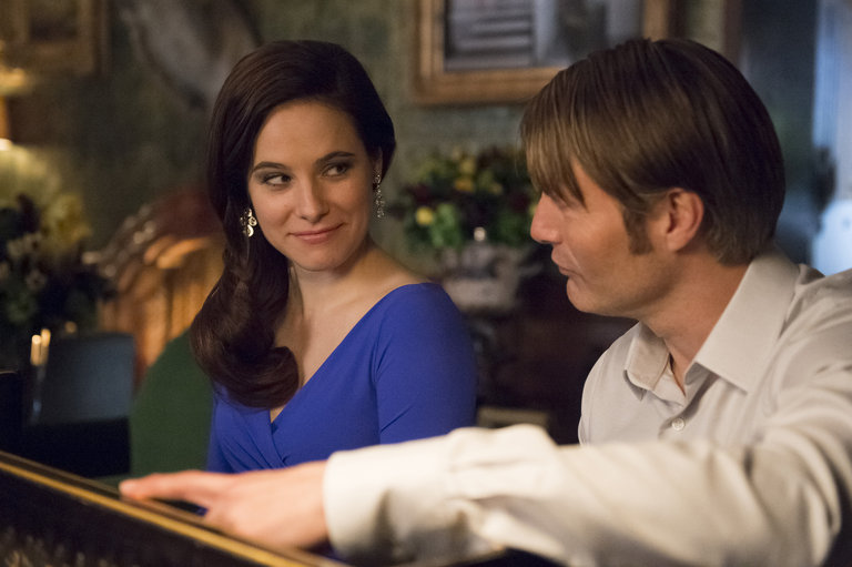 "HANNIBAL -- ""Futamono"" Episode 206 -- Pictured: (l-r) Caroline Dhavernas as Alana Bloom, Mads Mikkelsen as Hannibal Lecter -- (Photo by: Brooke Palmer/NBC)"