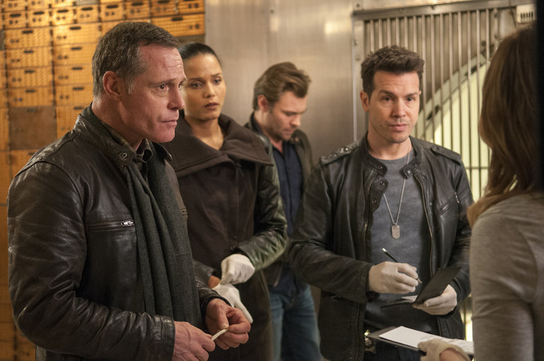 """Photo from the episode """"Turn the Light Off"""""""