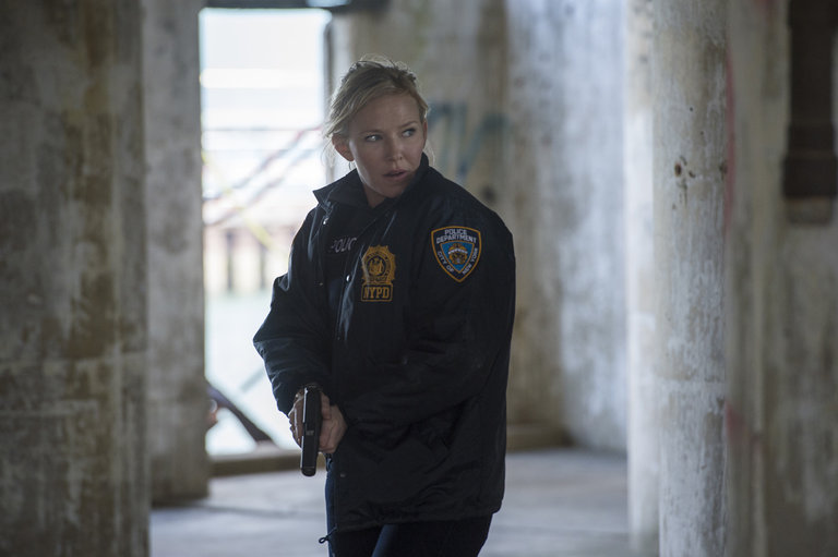 "LAW & ORDER: SPECIAL VICTIMS UNIT -- ""Beast's Obsession"" Episode 1520 -- Pictured:Kelli Giddish as Det. Amanda Rollins -- (Photo by: Micahel Parmelee/NBC)"