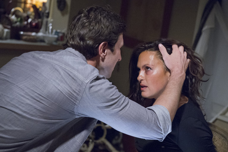After sustaining additional physical and psychological harm, Benson breaks free of her restraints, subdues Lewis by force and calls in SVU for an arrest.