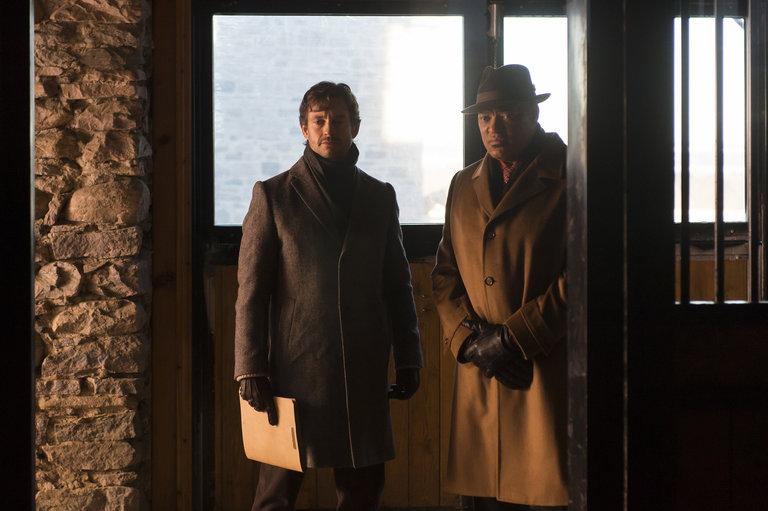 "HANNIBAL -- ""Su-zakana"" Episode 208 -- Pictured:(l-r) Hugh Dancy as Will Graham, Laurence Fishburne as Jack Crawford -- (Photo by: Brooke Palmer/NBC)"