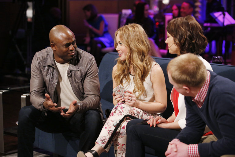 "HOLLYWOOD GAME NIGHT -- ""50 Charades of Grey"" -- Pictured: (l-r) Wayne Brady, Tara Lipinski, Lauren Cohan, Contestant -- (Photo by: Trae Patton/NBC)"