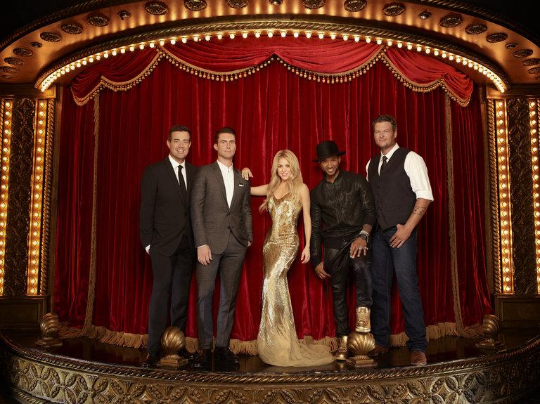 THE VOICE -- Season: 6 -- Pictured: (l-r) Carson Daly, Adam Levine, Shakira, Usher, Blake Shelton -- (Photo by: Matthew Rolston/NBC)