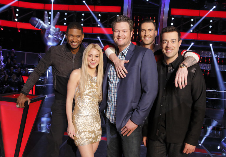 "THE VOICE -- ""Battle Rounds"" -- Pictured: (l-r) Usher, Shakira, Blake Shelton, Adam Levine, Carson Daly -- (Photo by: Trae Patton/NBC)"