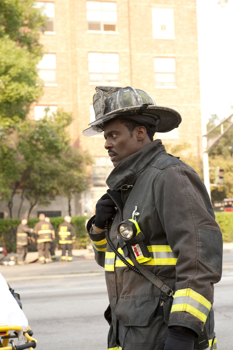 CHICAGO FIRE - EPISODE 106 - REAR VIEW MIRROR