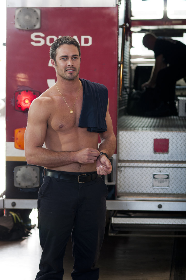 CHICAGO FIRE - EPISODE 101 - PILOT