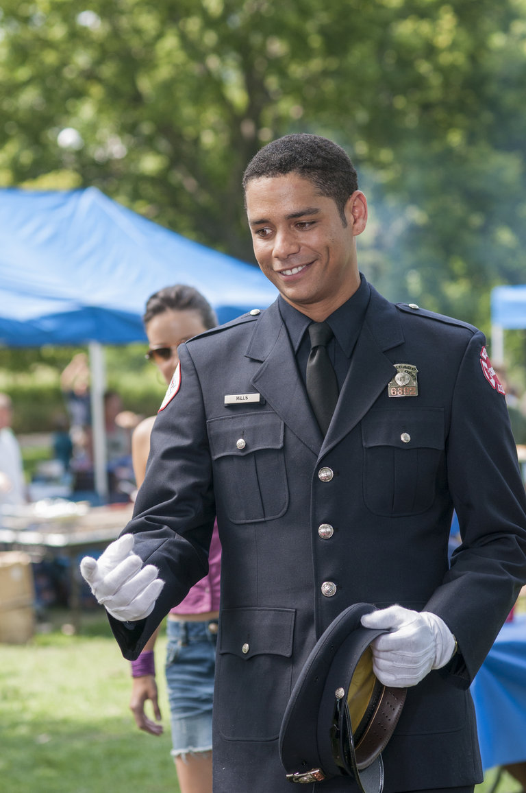 CHICAGO FIRE - EPISODE 102 - MON AMOUR