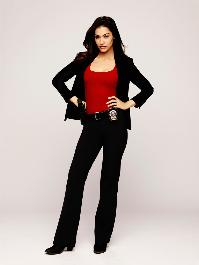 The Mysteries of Laura - Season Pilot