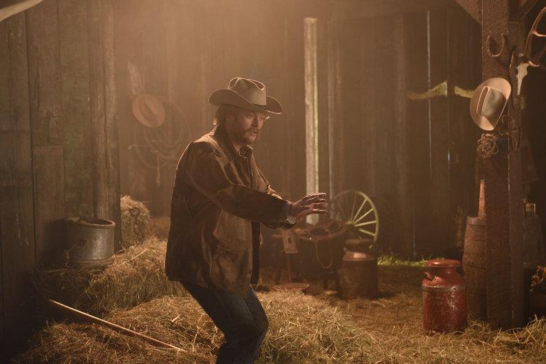 From the Set: Blake Shelton