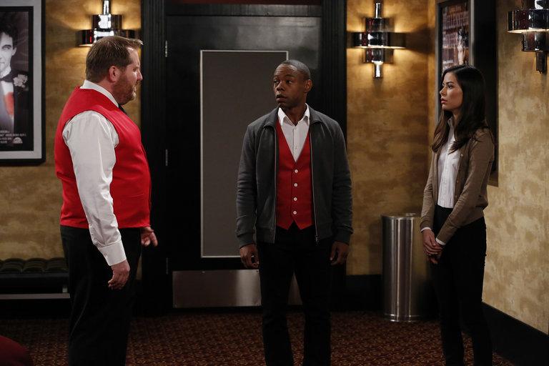 ... as Manager, Clifford McGhee as Ethan, Miranda Cosgrove as S