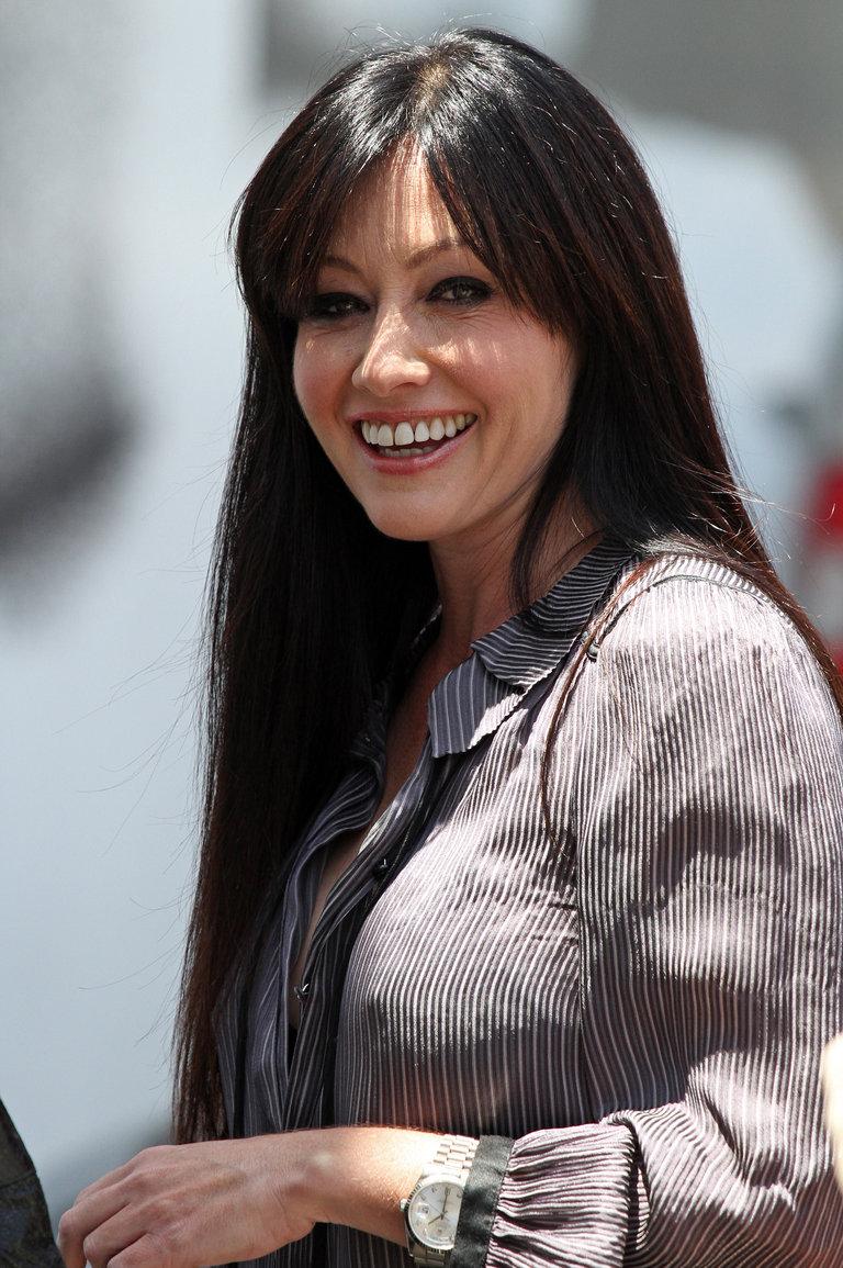 Celebrity Sightings In Los Angeles - June 17, 2010