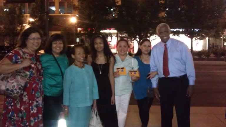 With the Filipino Kansas City Association