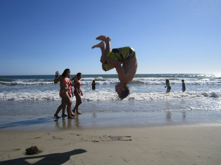 Smalls impressing the locals at Santa Monica beach