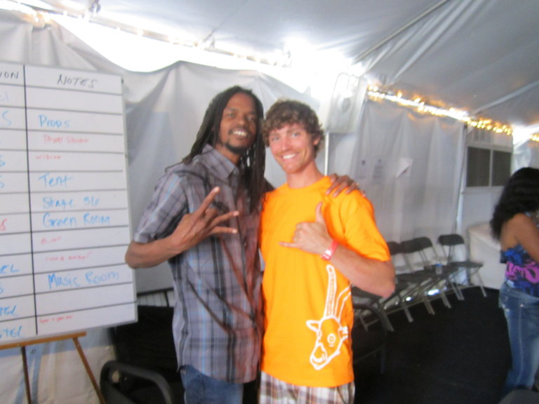 Phil and Landau hanging loose in the contestant tent