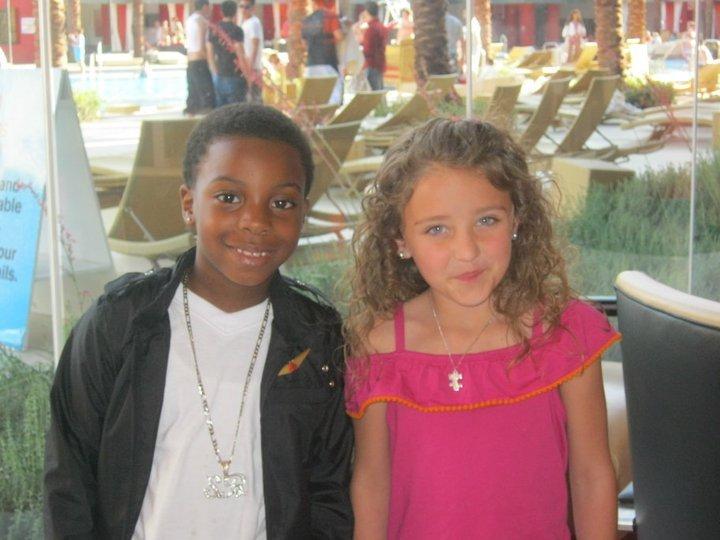 Tobias liked Avery ooooooooh!!