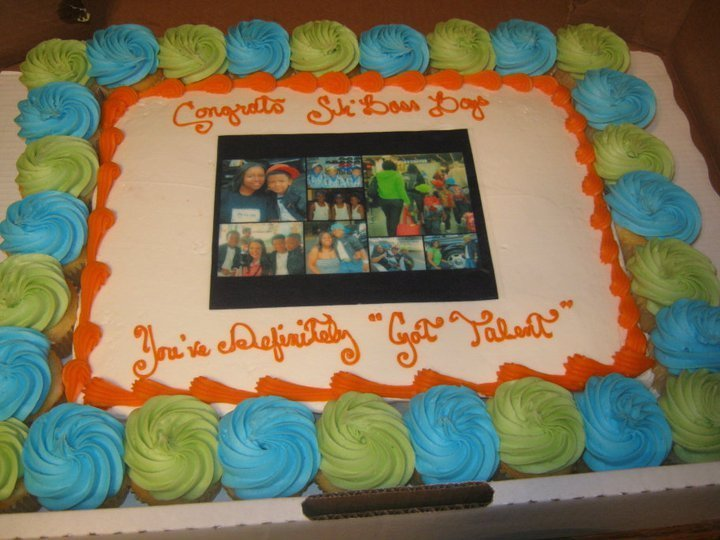 This was our cake that we got when we got back home!!