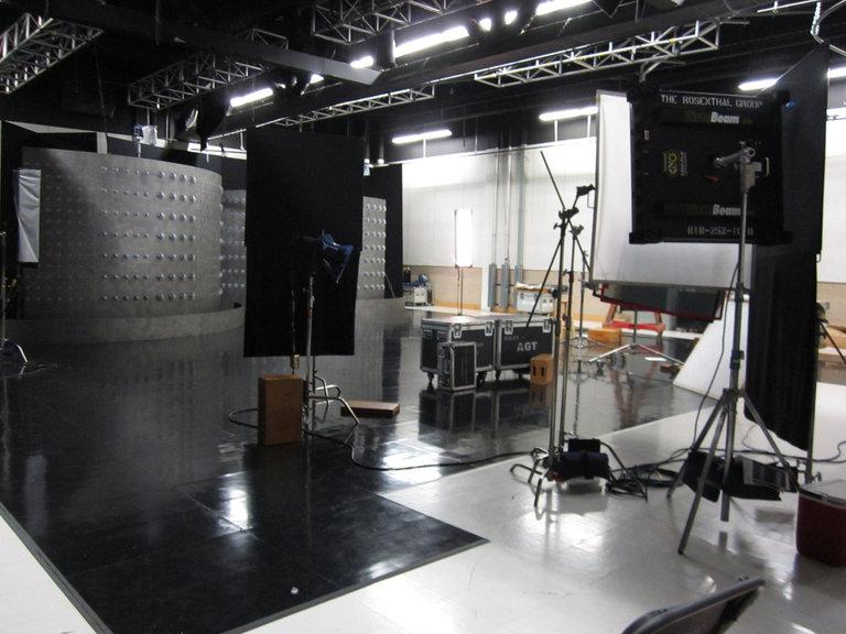 Interview Set