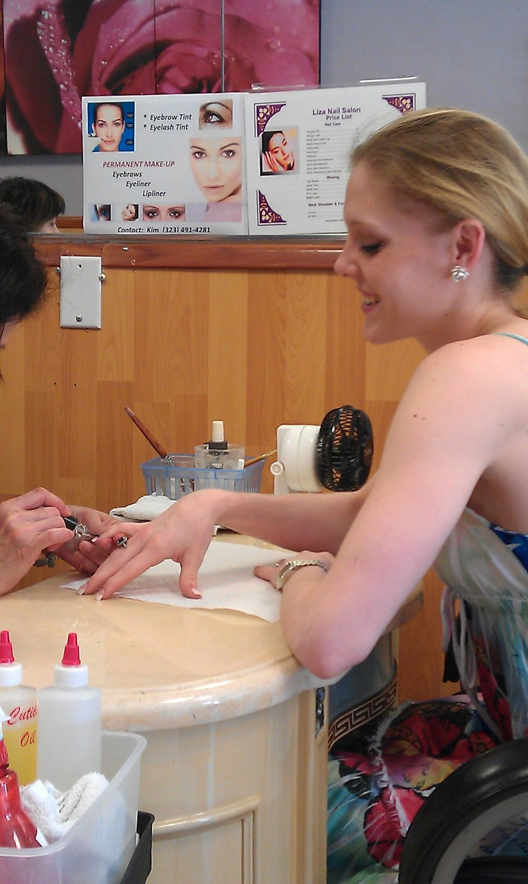 getting my nails done, day off