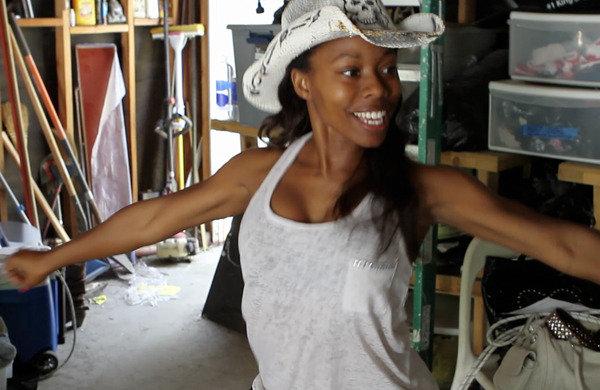 Phoenix dancin in the Angelz garage/studio!!