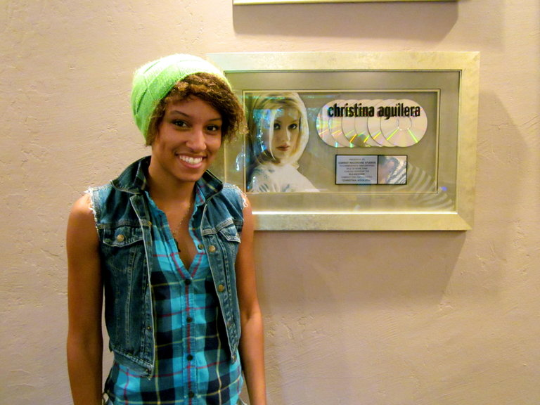 AAHHHH!!! Christina Aguileras Recording Studio