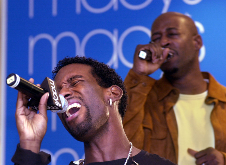 Boyz II Men Play Macy's To Promo Newly Released CD