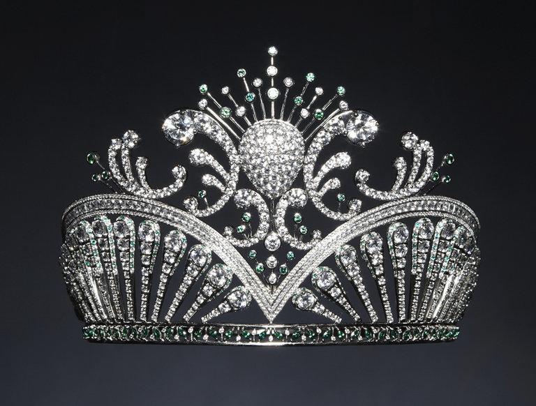 Miss USA Rima Fakih's Crown