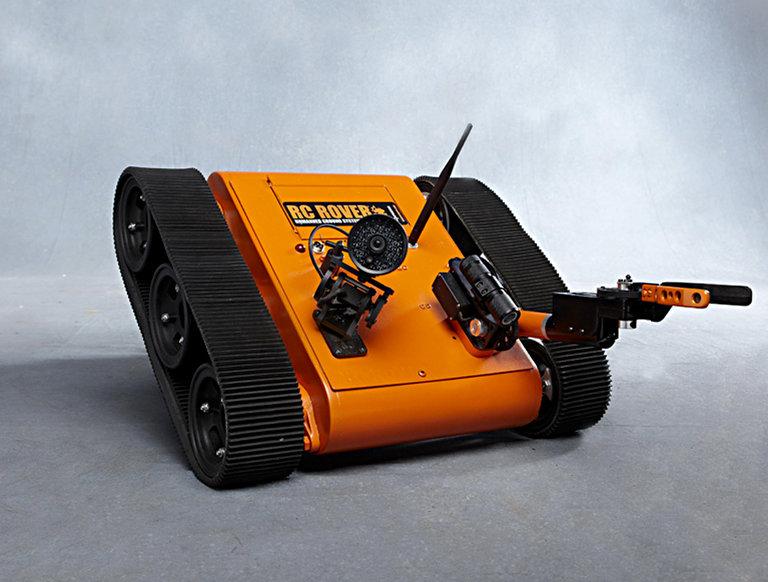 2011 Rev 9-18 RC Remote Control Rover