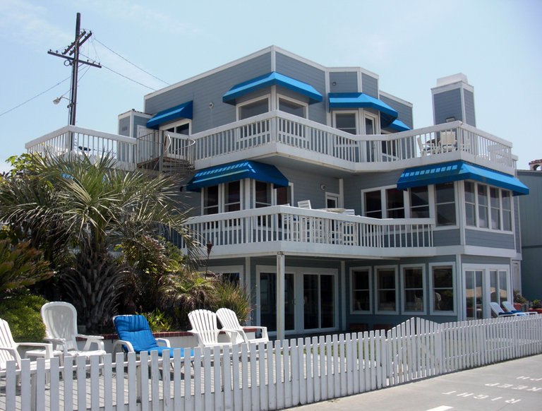 """Beverly Hills 90210"" Beach House, Hermosa Beach, California"