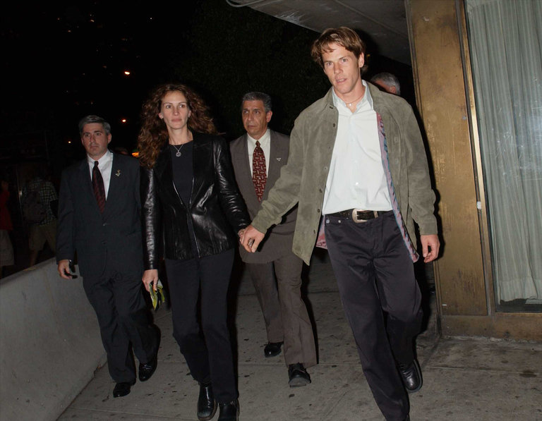 Julia Roberts and Danny Moder At Punch-Drunk Love Screening