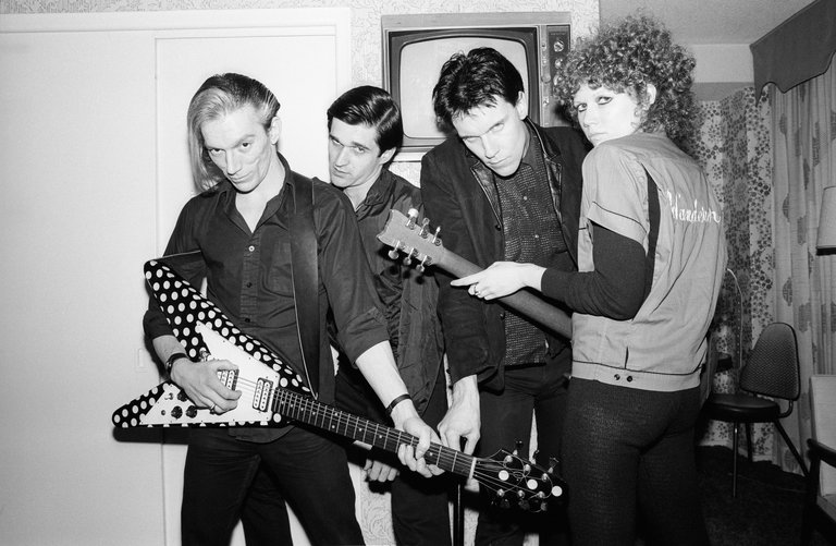 Photo of CRAMPS and Nick KNOX and Bryan GREGORY and POISON IVY and Lux INTERIOR